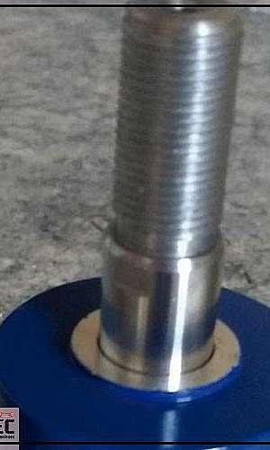 Cilindro pneumático simples ação retorno mola