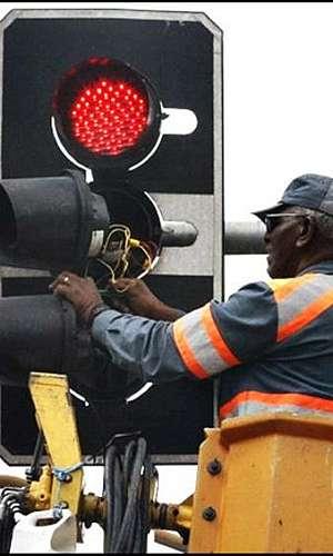 Conserto de semáforos