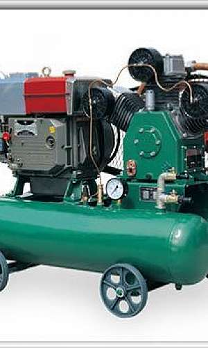 Manutenção de compressor tipo pistão